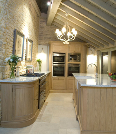 Neptune Henley oak kitchen