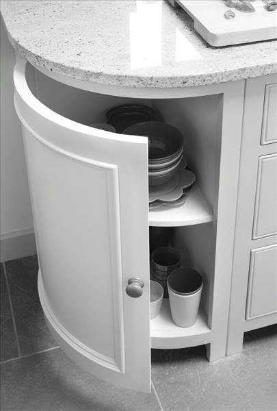 6 Curved base units for a streamlined look and excellent storage