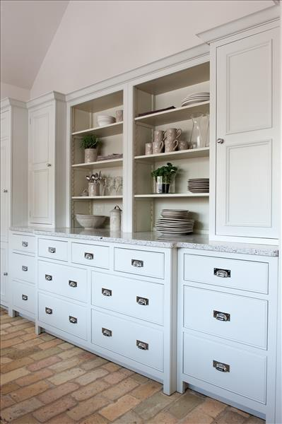 7 Combination of a Grand Chest of Drawers Base Cabinet and two Pan Drawer base units to provide ample storage space