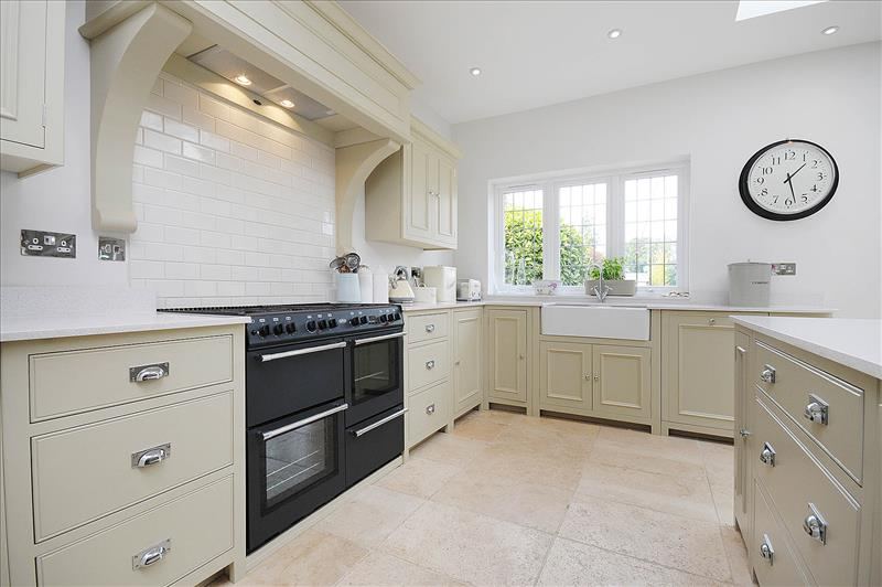 ... 9 Neptune Chichester Kitchen In Limestone With Double Door Sink Unit  And Large Range Cooker ...